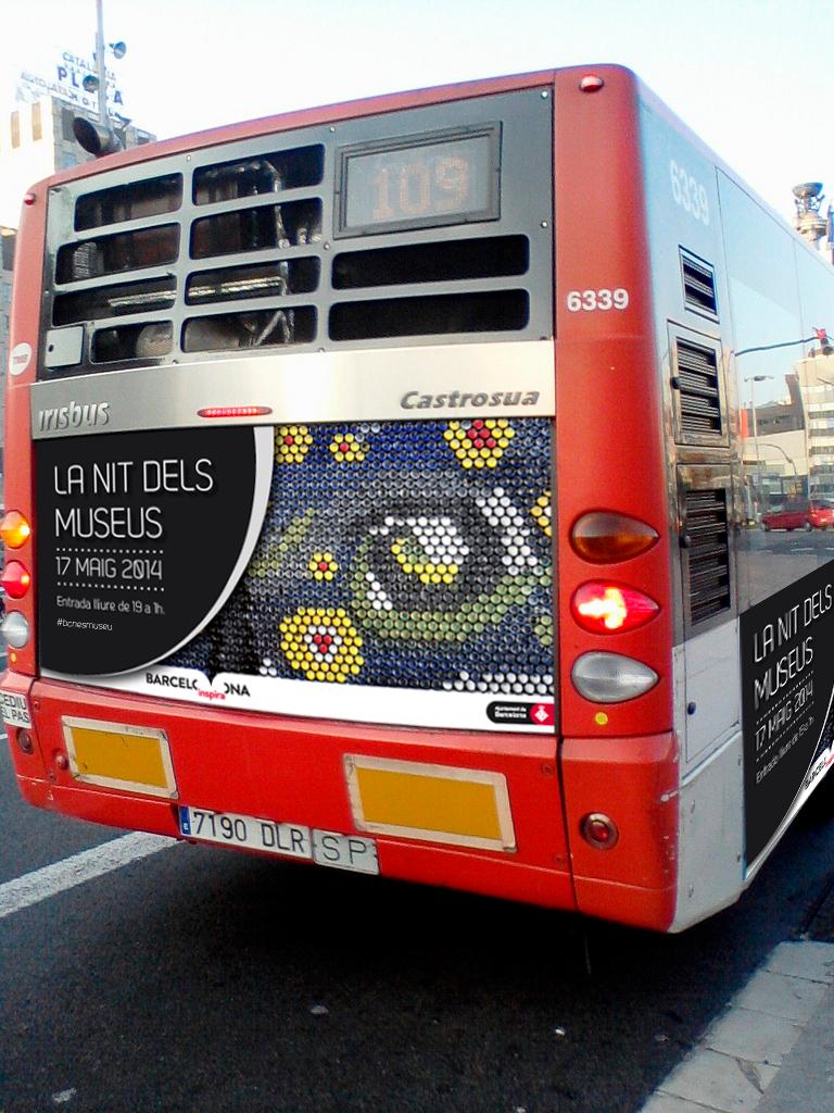 LaNit_dels_museus_La_NocheEstrellada_VanGogh_Autobus